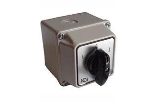 盒安装型转换开关 ADI20-B