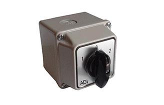 防尘防水开关盒IP65